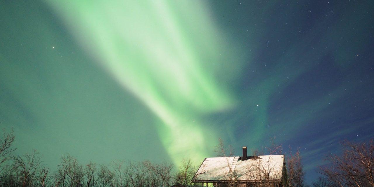 Ver y fotografiar auroras boreales en Kiruna